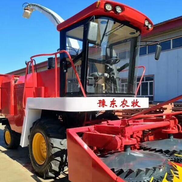 玉米收获秸秆青贮机